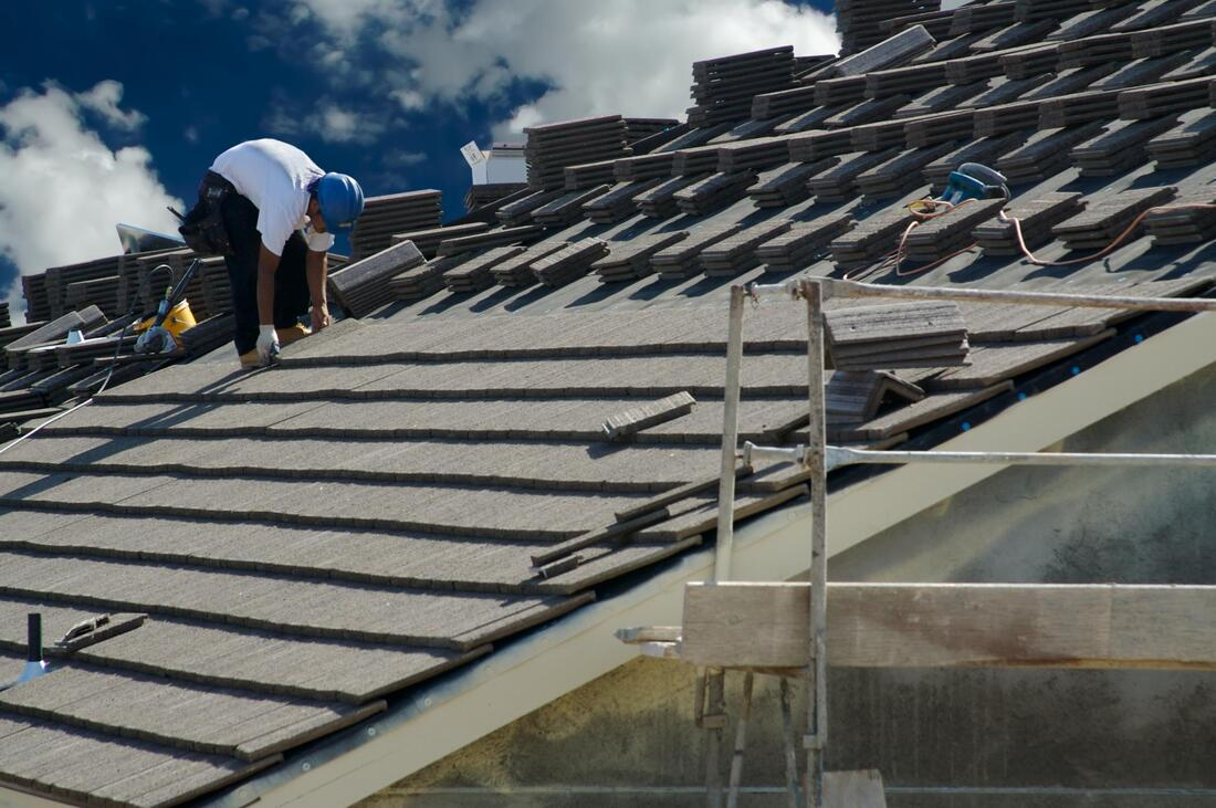 professional roof repair services